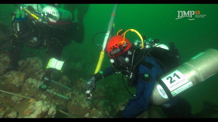 Wetenschappelijk onderzoek van platforms op zee